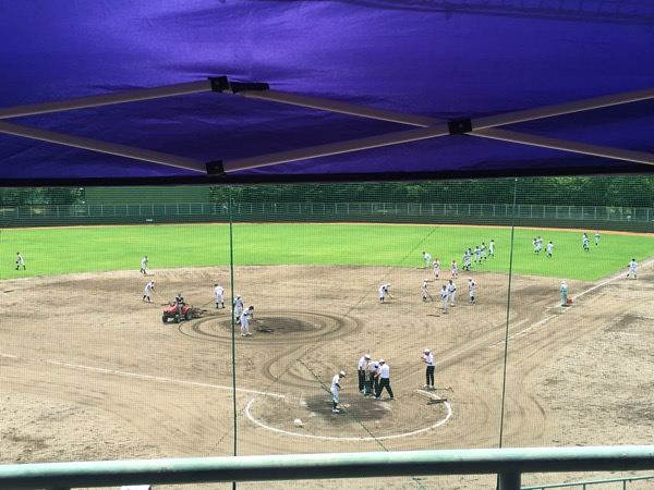 高校野球のグラウンド整備