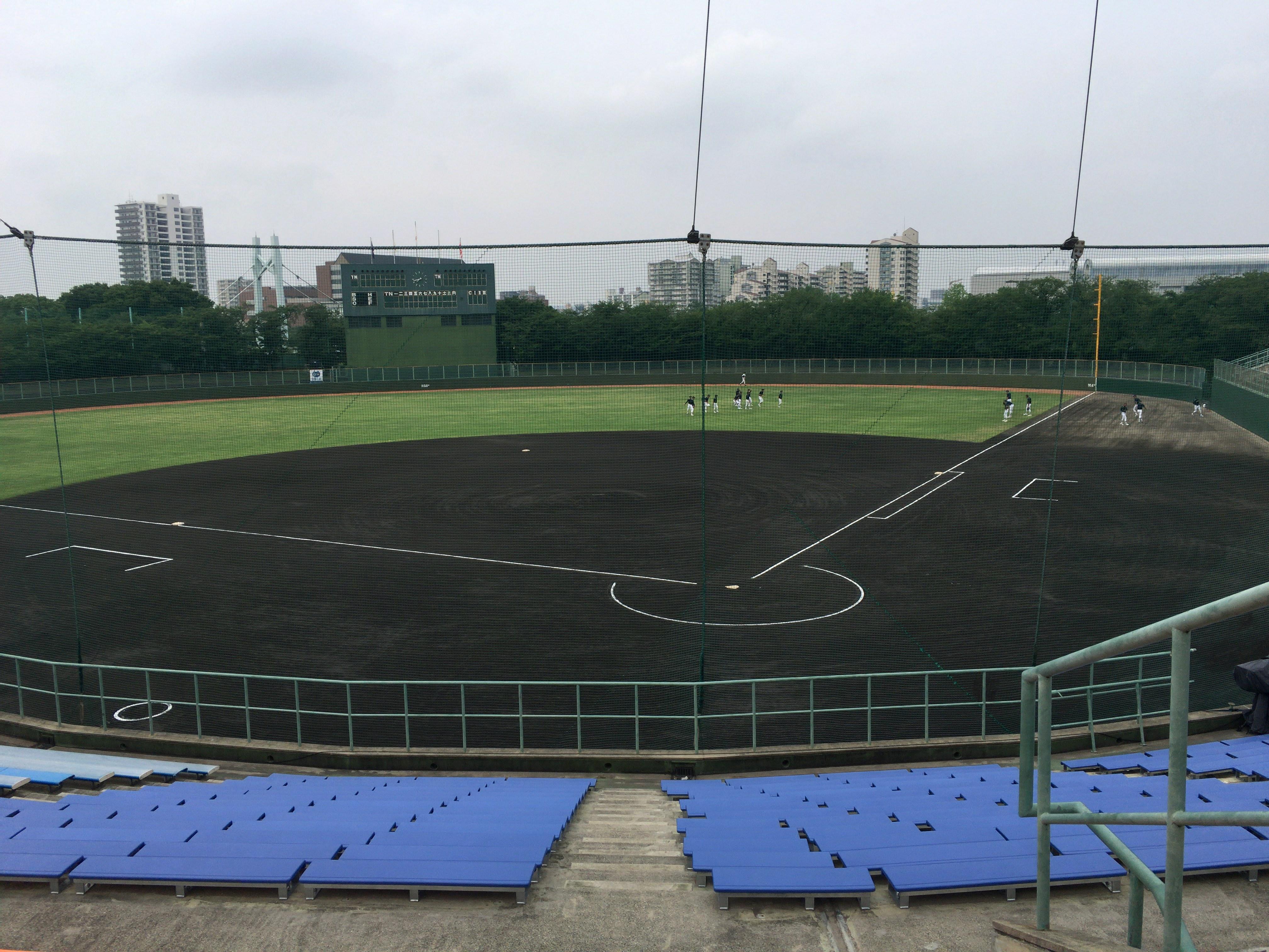 試合前の熱田球場