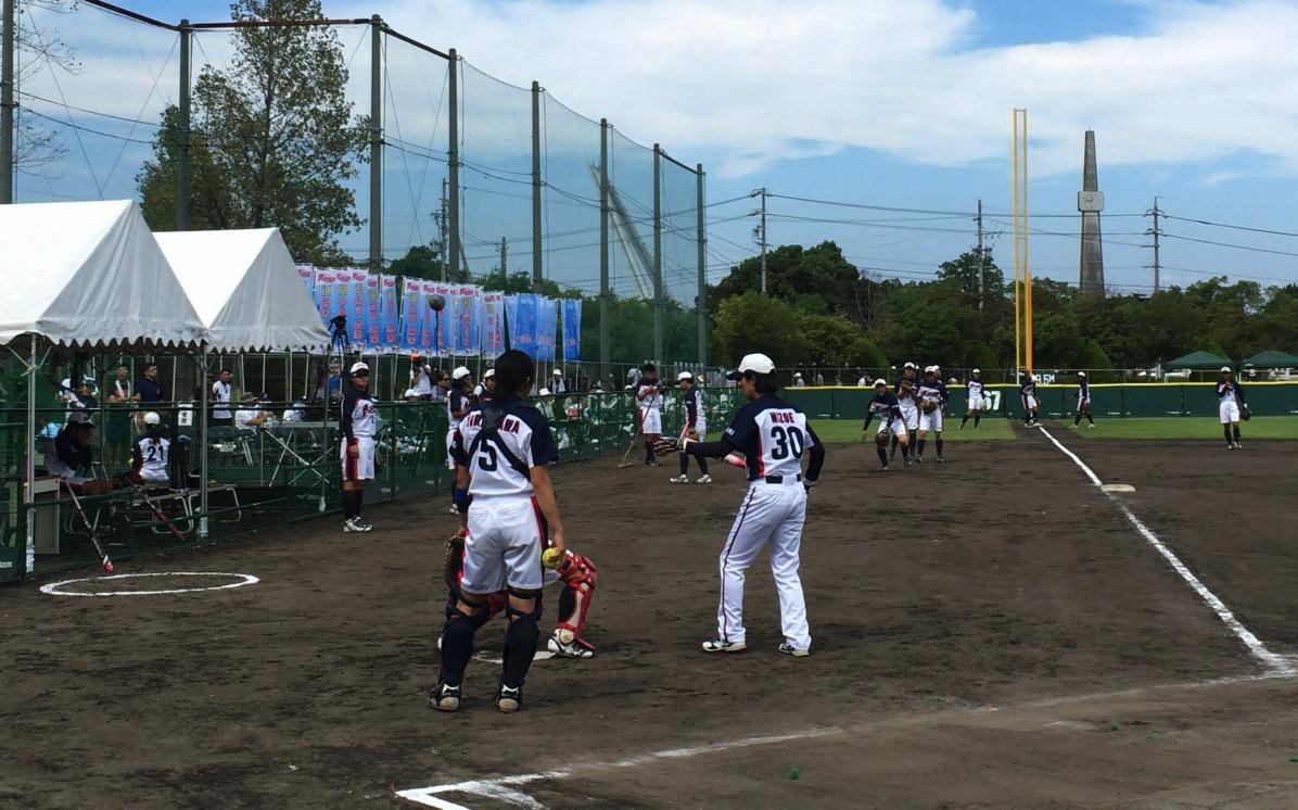 大垣ミナモソフトボールクラブの選手たち