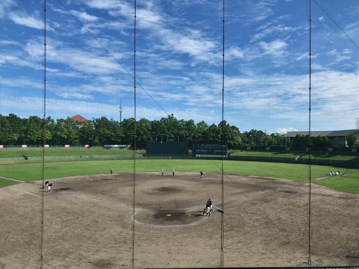 高校野球の試合が終わった後の阿久比球場